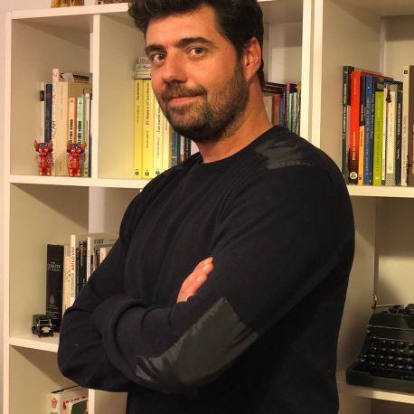 GASTÓN CAVANAGH